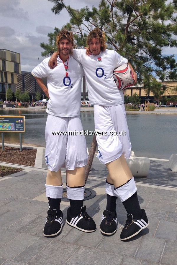 England Rugby Stilt Walkers